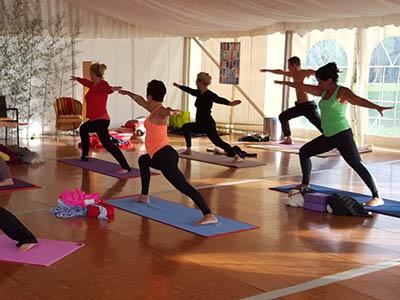 Bien-être : séances de yoga, stages, massages…